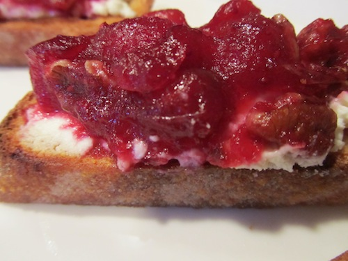 Crostini_with_Cranberries__Chevre