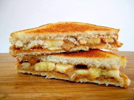 PeanutbutterGrilled_sandwich