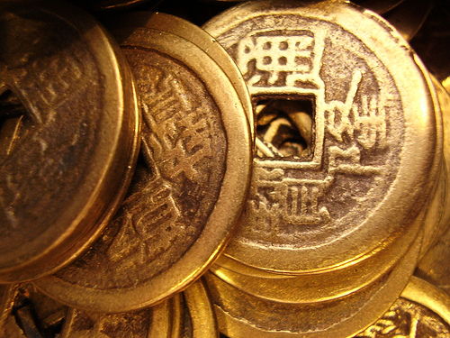 chinese-new-year-party-ideas-coins.jpg