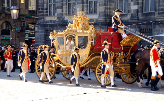 royalweddingcarriage.jpg
